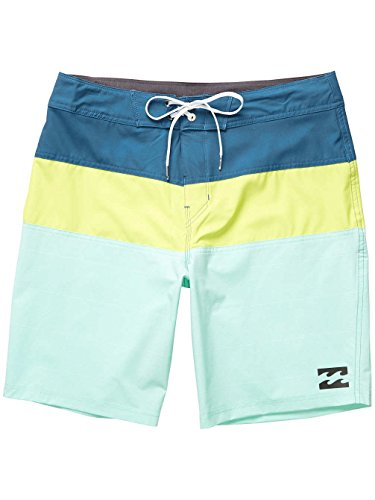 Billabong Herren Tribong X 18 Shorts, Grau lime