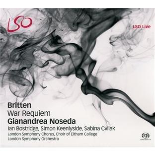 Britten: War Requiem - Männliche Eisbären