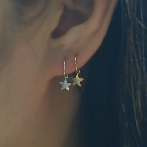 orecchino-del-cerchio-con-stella-hoop-earring-with-star-please-select-an-option-price-per-one-item-1