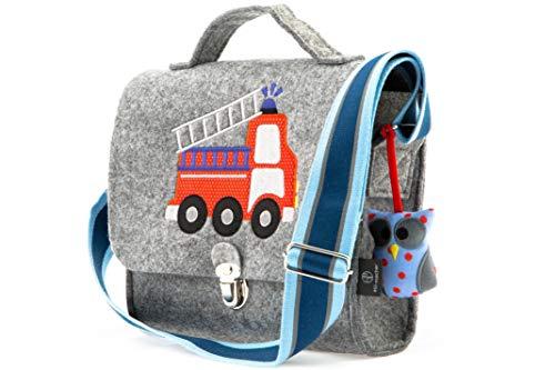 Kindergartentasche aus Filz von Stil-Macher | Feuerwehr | Weicher Filz | reflektierender Schultergurt für mehr Sicherheit | Filztasche mit liebevollen handgenähte Stickereien - 24 x 8 x 21 cm (LxBxH)