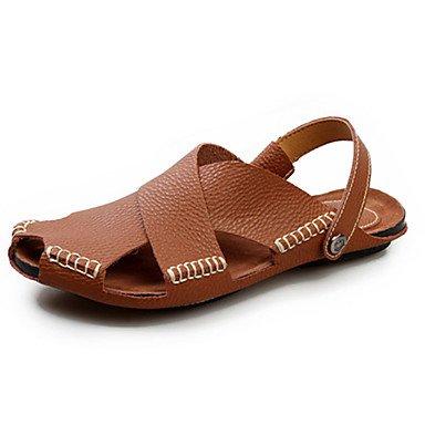 Chaussures d'hommes PU /Sandales / Appartements Sport occasionnels sandales talon plat noir bouton / Brun / Beige / ivoire Brown