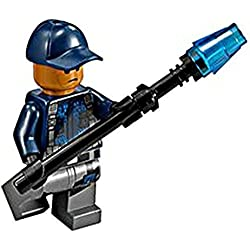 LEGO Jurassic World ACU Minifigure with Shocklance by LEGO