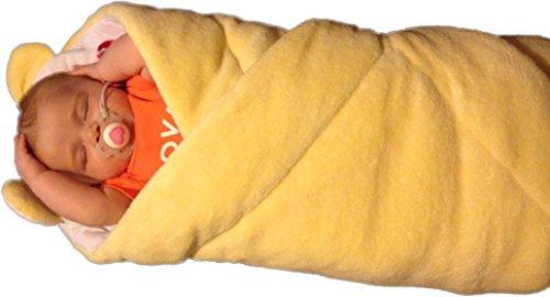 BlueberryShop VLIES mit Kissen sehr WARME und schöne Wickeldecke, Decke, Schlafsack, GESCHENK für Neugeborene 0-4M ( 0-3m ) ( 78 x 78 cm ) Creme