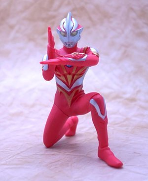gashapon-hgcore-ultraman-korin-silvery-white-giant-hen-ultraman-mebius-burning-brave-single-item