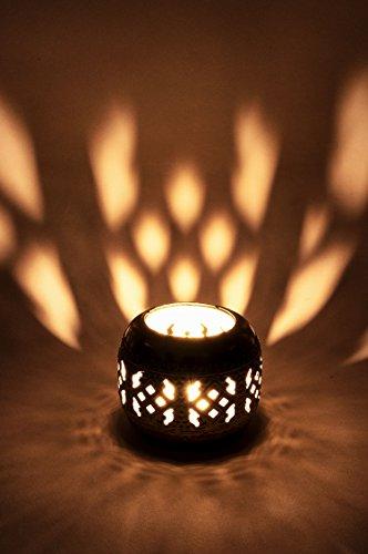Orientalisches Windlicht Laterne orientalisch Idil 9cm Groß Silber | Orientalische Vintage Teelichthalter Silberfarben innen und außen | Marokkanische Windlichter aus Metall als Ostern Dekoration (Große Marokkanische Laterne Kerze)