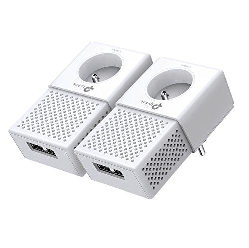 TP-Link TL-PA7020P KIT(FR) CPL 1000 Mbps avec 2 Ports Ethernet Gigabit et Prise Intégrée, Kit de 2 - Solution idéale pour profiter du service Multi-TV à la maison