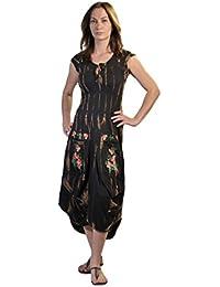 Mesdames manches courtes mollet robe avec broderie de fleurs Imprimé sur les poches dans Motif Tie Dye.