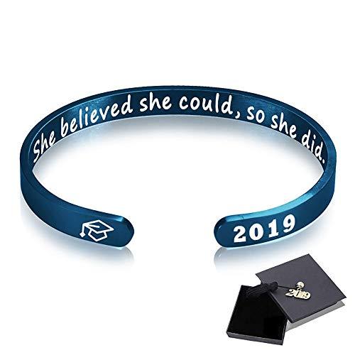 Panicy Inspirierende Abschluss Geschenke Manschette Armband - Gravierte inspirierende Armband Manschette Armreif mit 2019 Graduation Grad Cap, Graduation Freundschaft Geschenke für Sie