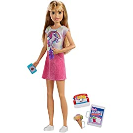 Barbie Babysitter Playset con Bambola Skipper Modelli Assortiti