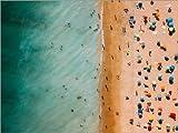 Poster 80 x 60 cm: Vogelperspektive von Leuten am Strand in