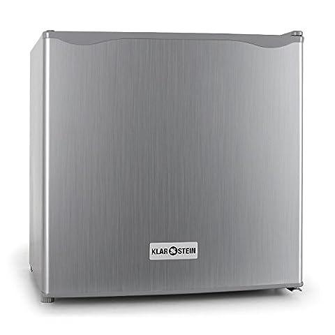 Klarstein • Minibar • Mini-Kühlschrank • Getränkekühlschrank • A+ • 40 Liter • 47 x 49,5 x 44,4 cm (BxHxT) • leiser Betrieb • 39dB • 1 Regaleinschub • Türablagefach • 1 Türflaschenablage • kleines Gefrierfach mit Tropfschale • regelbare Temperatur • silber
