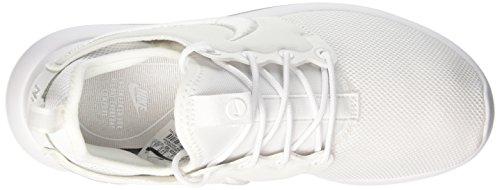 Nike Wmns Roshe Two Br, Scarpe da Ginnastica Donna Bianco (White/White/Glacier Blue)