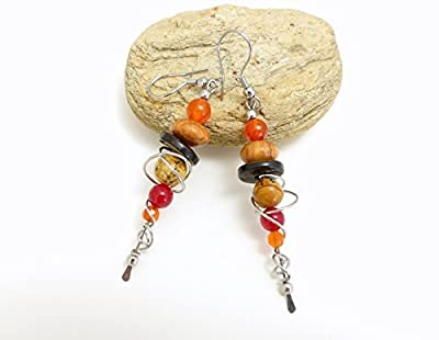 Boucles d'oreille beige orange rouge, pierre bois coco et acier inoxydable (A1)