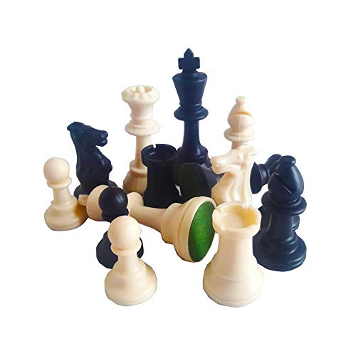 Lion Games   Gifts B W Plastic Chessmen King s Height 95 mm