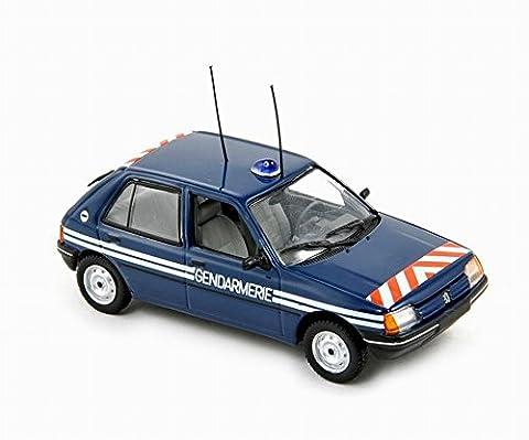 Voiture Miniature Peugeot 205 - Voiture PEUGEOT 205 Gendarmerie de 1988 NOREV