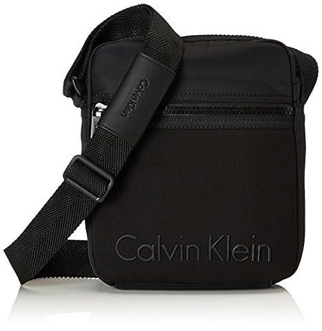 Calvin Klein Alec Reporter, cas d