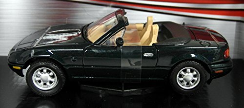 1-24-scale-73262g-mazda-mx5-roadster-mk1-miata-eunos-green-model-car