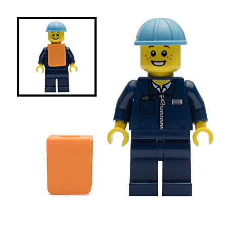 lego-maersk-train-worker-minifigure-city-10219