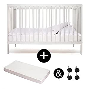 babybett kinderbett kombi kinderbett mokee weiss mit matratze mit rollen kologisch. Black Bedroom Furniture Sets. Home Design Ideas