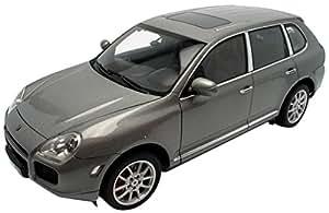 Autoart - 78061 - Véhicule Miniature - Porsche Cayenne Turbo - Gris - Echelle 1/18