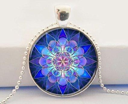 Mandala colgante, collar, diseño de mandala, Mandala Art collar Soothing Azul Mandala, Yoga Jewelry