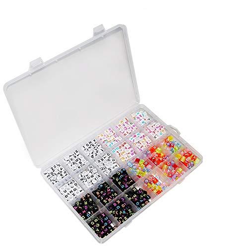 """Kurtzy 800 tlgs Set Sortierte Alphabet Buchstaben Perlen Bastelperlen mit Aufbewahrungsbox- Weiße, Schwarze, Acrylica Buchstabenperlen- """"A-Z"""" Würfelperlen für die Schmuckherstellung, Armbänder, Halsketten, Schlüsselanhänger."""