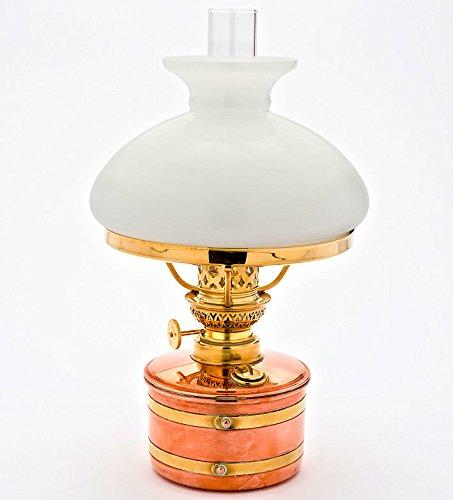 Petroleumlampe ELBE 2 Kupfer/Messing, 8''', Opal-Glasschirm, Leuchtdauer 12 Std., Leuchtleistung ca. 11 Lichtwatt, made in Germany (Kupfer Garten Etiketten)