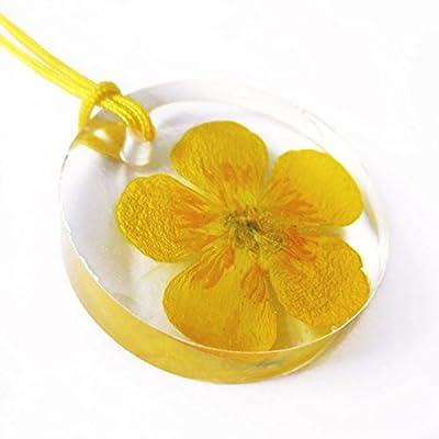 Pendentif Bouton d'Or en résine et fleurs - Bijou nature Collier en fleurs séchées colorées