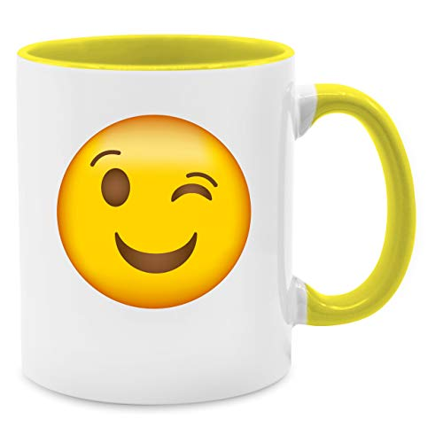 (Statement Tasse - Zwinker Emoji - Unisize - Gelb - Q9061 - Kaffee-Tasse inkl. Geschenk-Verpackung)