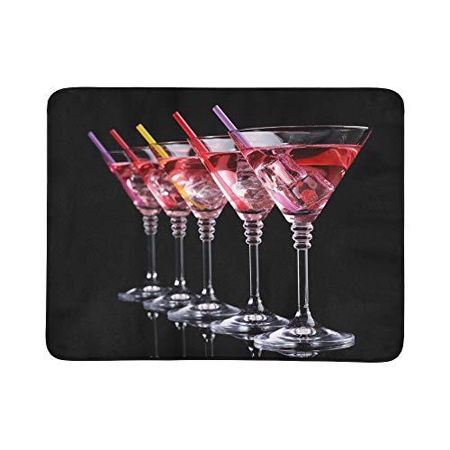 SHAOKAO Rote Cocktail-Martini-Gläser lokalisiert auf tragbarer und Faltbarer Deckenmatte 60x78 Zoll-handliche Matte für kampierenden Picknick-Strand