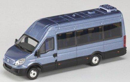 iveco-minibus-blue