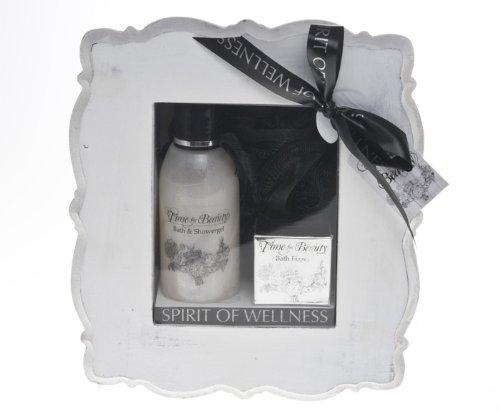cuadro-treffina-regalo-con-cosmeticos-y-de-bano-en-el-marco-de-madera-blanca
