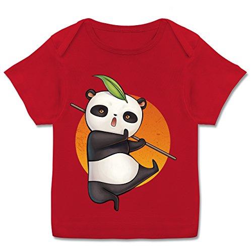 Tiermotive Baby - süßer Kampfpanda - 68-74 (9 Monate) - Rot - E110B - Kurzarm Baby-Shirt für Jungen und Mädchen -