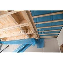 La nueva construcción de madera de la casa: aquí las vigas de madera y primera