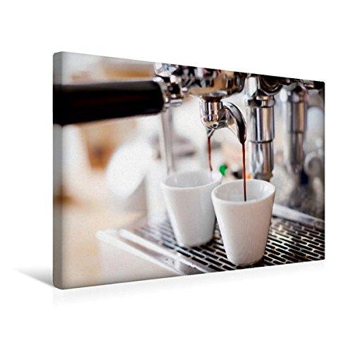 Preisvergleich Produktbild Premium Textil-Leinwand 45 cm x 30 cm quer, Langsam läuft der aromatisch duftende Espresso aus der Kaffemaschine in die Tassen | Wandbild, Bild auf Espresso, Kaffeemaschine (CALVENDO Lifestyle);CALVENDO Lifestyle