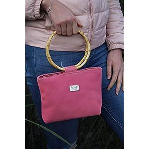 brombeerfarbene Handtasche Lederhandtasche Crossover mit Bambusgriffen