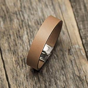 Hellbraunes Armband aus italienischem Leder, pflanzlich gefärbt, mittlere Größe: Handgelenke mit 16.5-18 cm Umfang