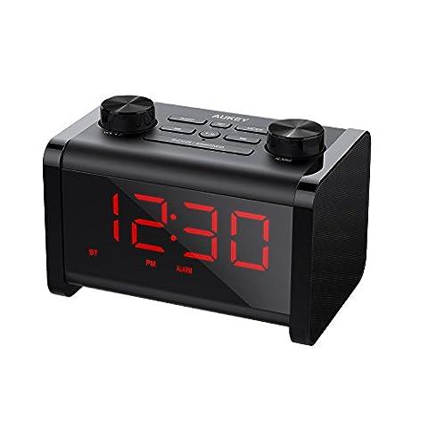 AUKEY Haut-Parleur Bluetooth avec Radio FM, Réveil Numérique, Fonction Snooze, Minuterie de Sommeil et Affichage LCD à Luminosité Réglable