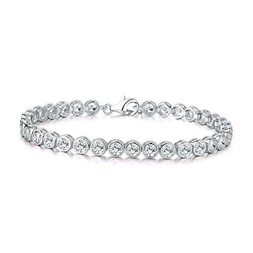 Diamond Treats Silber Tennis Armband mit 4mm weißen Zirkonias. Ewigkeit Armband für Damen Frauen Mädchen aus 925 Sterling Silber. Der perfekte Schmuck für Damen in Form einer Armkette.