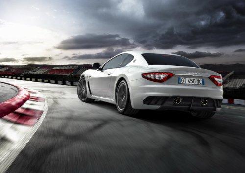 classique-et-muscle-car-ads-et-art-de-voiture-maserati-granturismo-mc-stradale-voiture-art-poster-im
