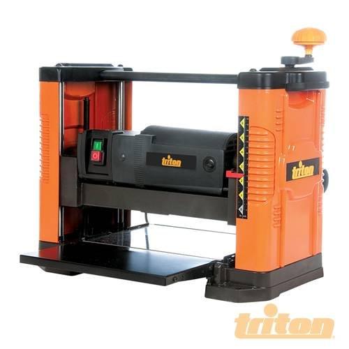 Hobelmaschine/Dickenhobelmaschine 317 mm, TPT125, High performance Hobelmaschine/Dickenhobelmaschine mit 317 mm (31,75 cm) Schnittbreite. 17.500 Schnitte pro Minute. Einfache, präzise Einstellungen der Schnitttiefe in 1,58 mm (0.16 cm) Teilung. Cutter Höhe: 3,2 - 152 millimeter.
