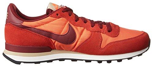 Nike Internationalist, Scarpe da Ginnastica Uomo Arancione (Max Orange/Team Red/Orange Charge/Linen/Sail/Hyper Orange)