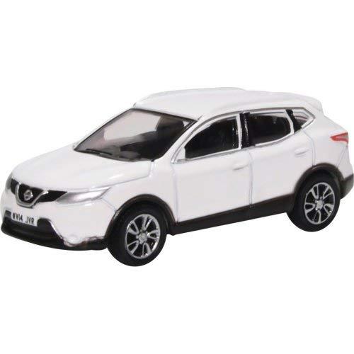 Oxford Die Cast Nissan Qashqai J11 - Storm White