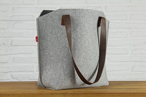 Pack & Smooch Big Sized Tote Bag with pockets -YORK-Handmade in Germany, 100% Wool Felt, Vegetable Tanned Leather Light Brown