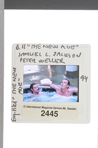 slides-photo-of-samuel-l-jackson-and-peter-weller-in-the-jacuzzi-in-the-new-age