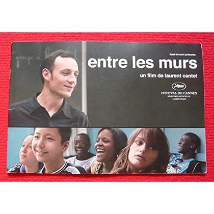 Dossier de presse de Entre les murs (2008) – 16x24cm, 32 p - Film de Laurent Cantet – Photos couleurs – Synopsis + entretien avec Cantet et Bégaudeau – État neuf.