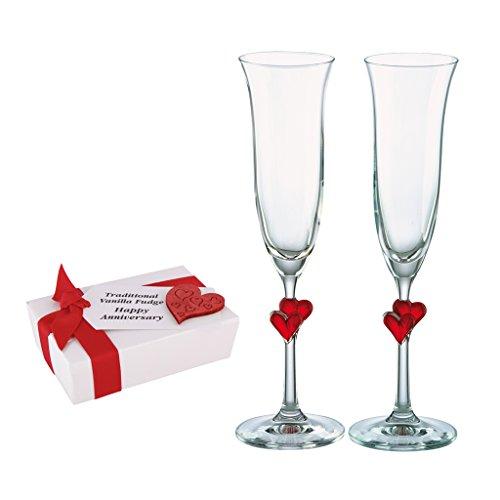 Deluxe Home Champagne Flûte et Fudge Ensemble cadeau–Deux Luxe Haut 175ml flûtes à champagne avec cœur rouge tiges détaillées et 75g Lot de fait à la main Vanille Fudge dans une boîte cadeau–Superbe idée pour anniversaire de mariage ou cadeau de Saint-Valentin.