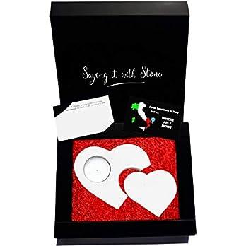 2 Herzen 2 Generationen Teelicht Kerzenhalter aus Stein – Handmade in Italy – Box, Teelicht Kerze und Nachrichtenkarte enthalten – Valentinstag Geschenk Mama Papa Sohn Tochter Oma Opa