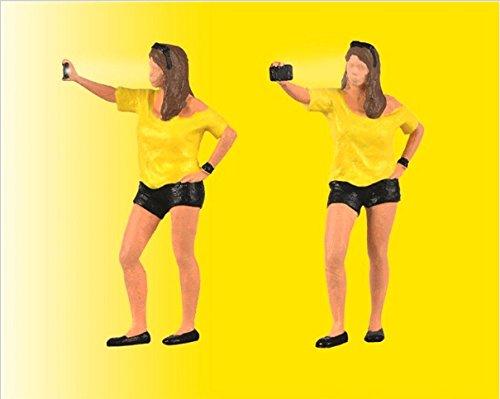 Viessmann 1551 - H0 Frau schießt Selfie mit Blitzlicht, Fahrzeug