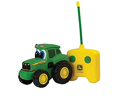 "Tomy Spielzeugtraktor John Deere ""Johnny Traktor"" in grün - ferngesteuerter Kindertrecker aus Kunststoff - ab 18 Monate von John Deere"